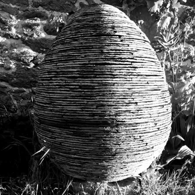 Sculpture Oeuf en ardoise Lucien Mazé Bretagne