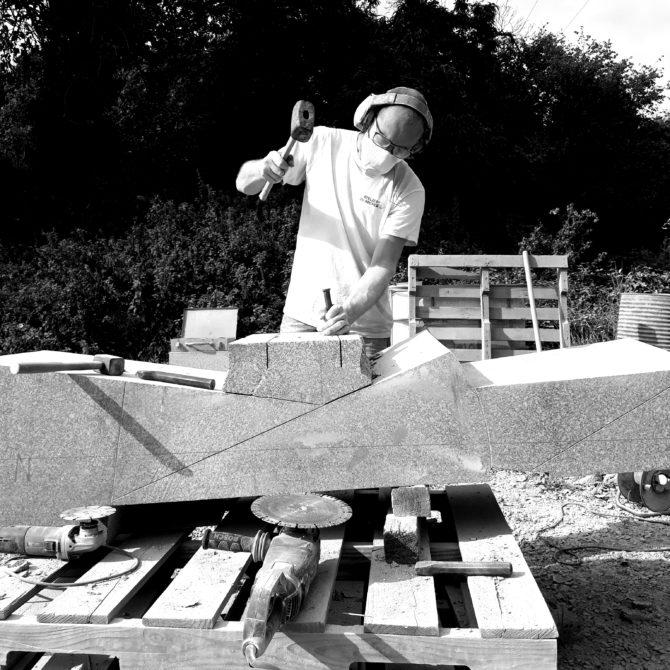 sculpture en Granite Bretagne Lucien Mazé Ateliers du Rocher