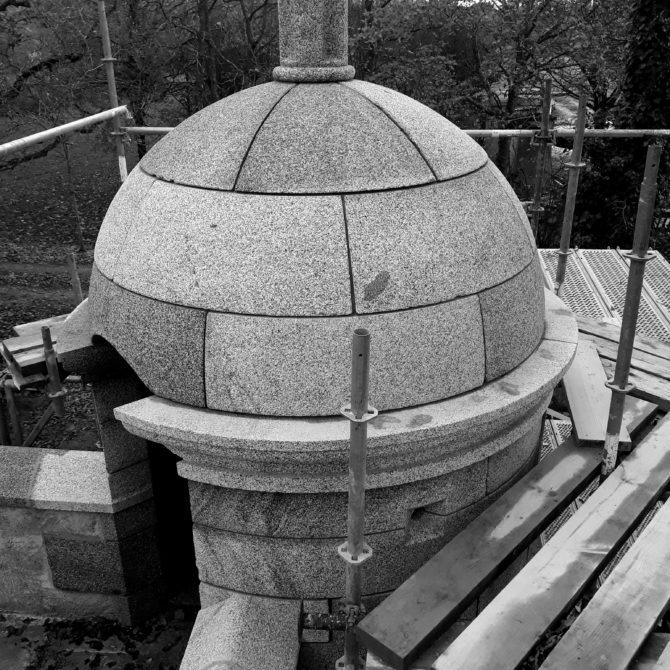 échauguette granite bretagne la coudraie taille de pierre Lucien Mazé
