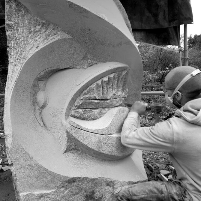 Sculpture Granite Bretagne Pompiers de Plancoët Lucien Mazé