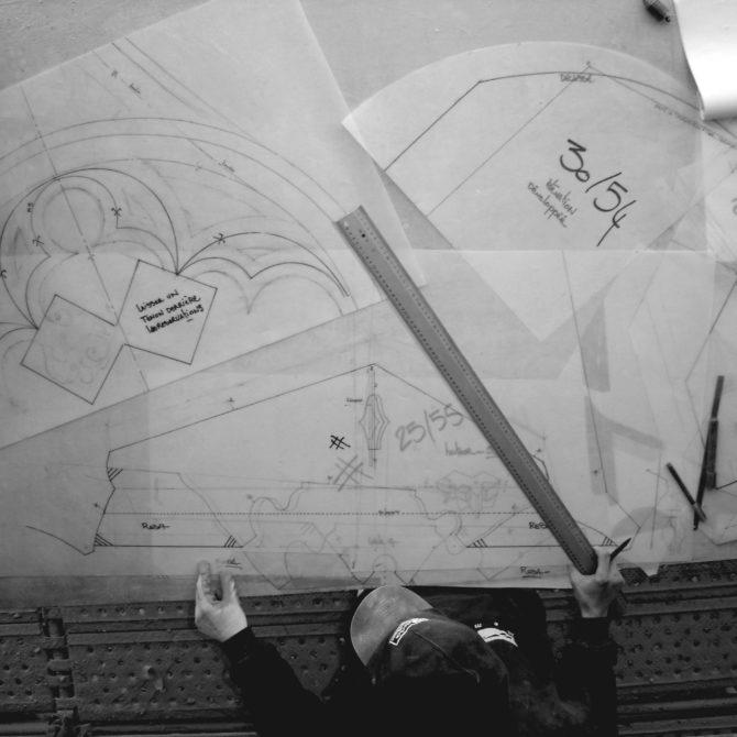 Taille de Pierre Bretagne Lucien Maze- dessin tour saint Jacques
