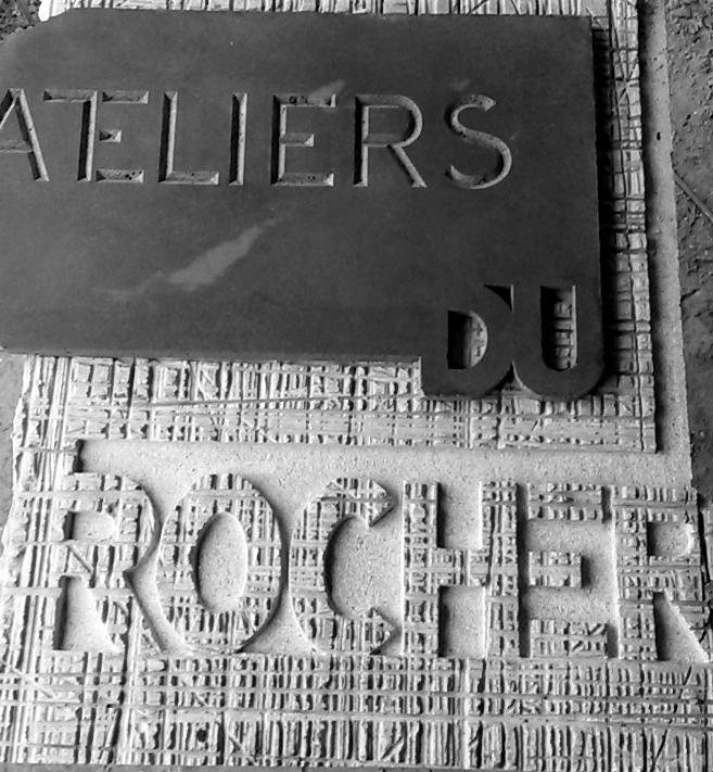 gravure granite signalétique bretagne Lucien Mazé