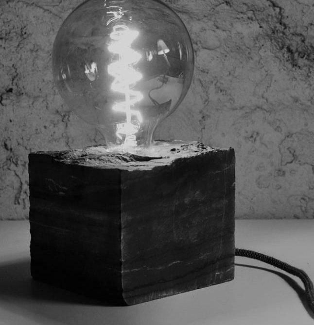 Lampe cube en Ardoise design pierre Lucien Mazé Bretagne