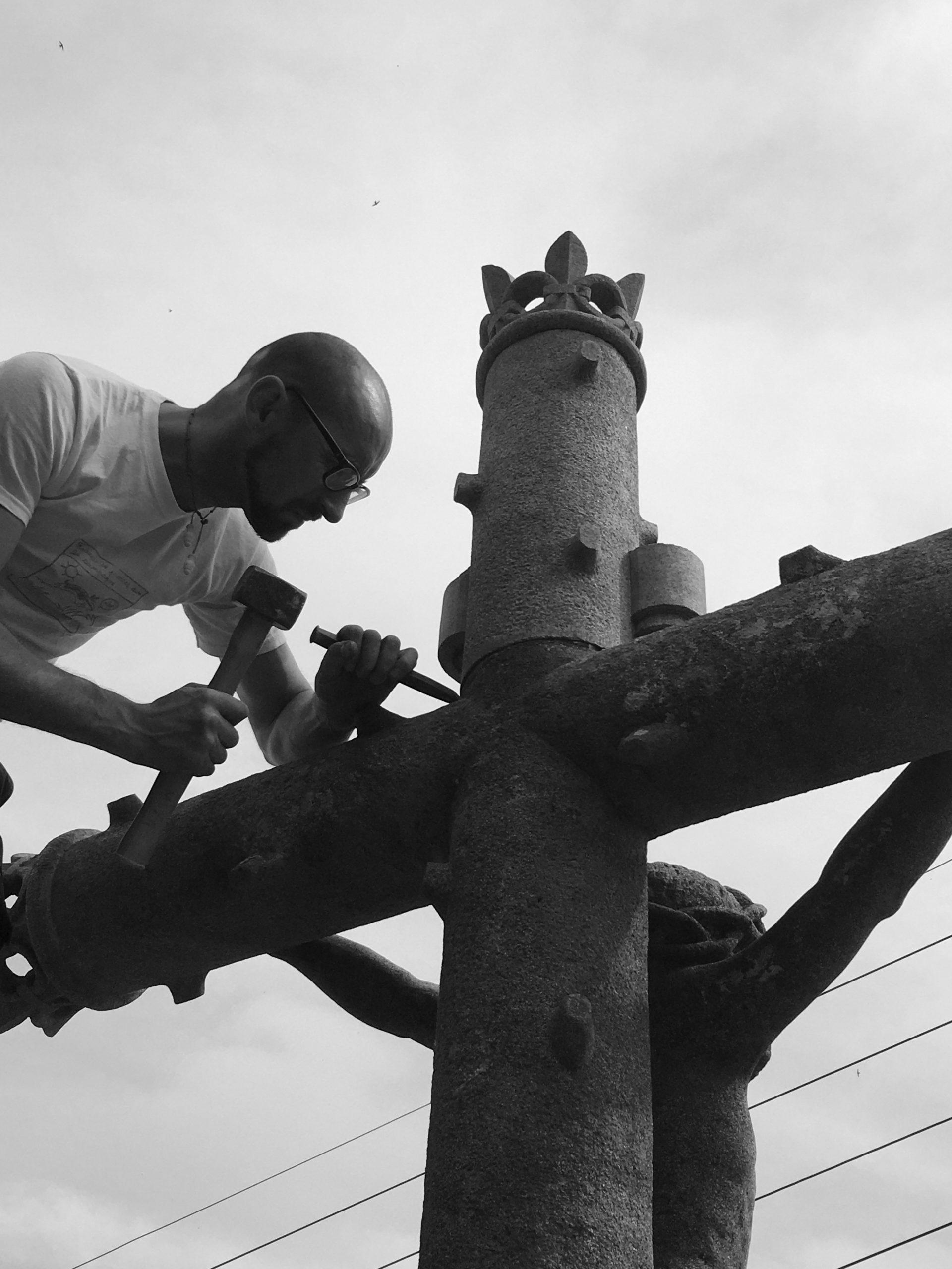 Lucien Mazé - Rénovation du Christ de Nazareth